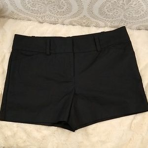 EUC Ann Taylor Black Shorts size 10 petite